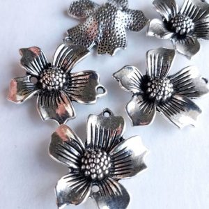 Lux Flower Charm AS 10 pcs